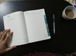 365 Planner and bed table with coffee cup inlet